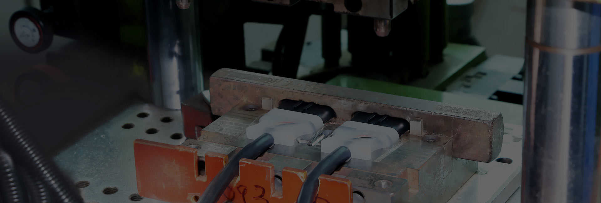 Diseñador y fabricante profesional de cables y conectores
