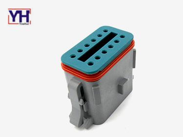 How to wire a deutsch connector?