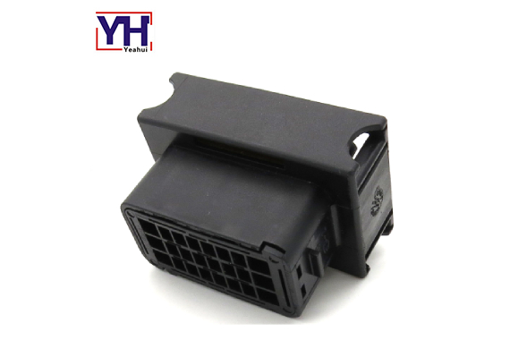 ECU 24pin electrical socket Automotive connector
