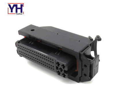 YH3018 81pin Female Black ECU Connector
