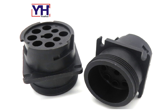 J1939 truck electrical connector