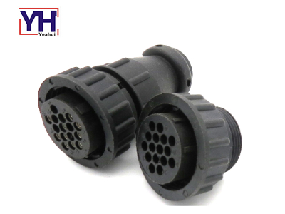 YH6010-2 Assembly CPC 16pin Female Connector In Truck Electrical Equipment