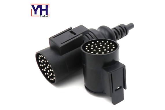 IVECO 30P male connector