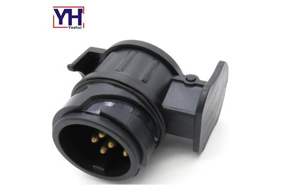 12V 13Pin ISO 11446 to 12V 7Pin ISO1724 adapter