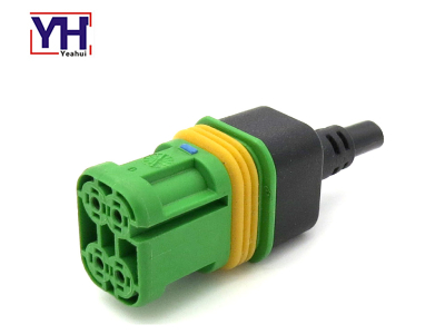 YHLEAR18166.000.002 4pin Female Connector with Green Core