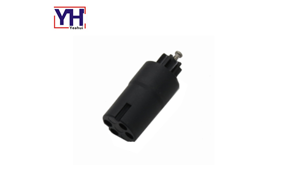 Automotive 4pin electrical socket