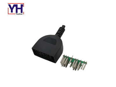 YH2054 Customized 22pin Toyota Auto Wire Harness Connector Used In Over Molding Design