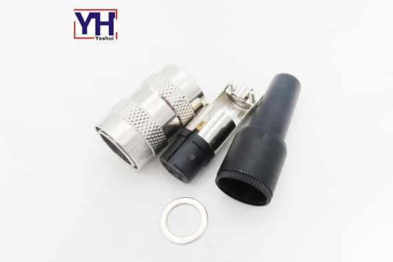 M16 CONNECTOR